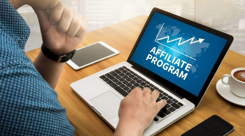 How can you earn money by posting the ads for affiliate marketing programs?